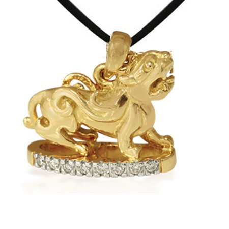 Gold Piyao pendants worn as amulets are also very auspicious.