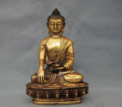 This is the most common image of Sakyamuni Buddha!